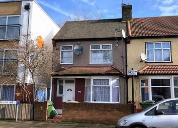 Thumbnail 1 bed flat for sale in 20 Manbrough Avenue, London