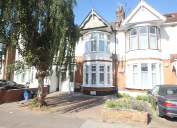 Coventry Road, Ilford IG1. 2 bed flat