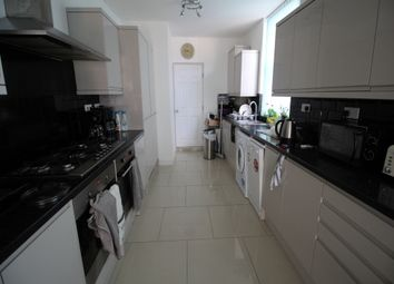 Thumbnail 6 bed terraced house to rent in Earlsdon Avenue North, Coventry