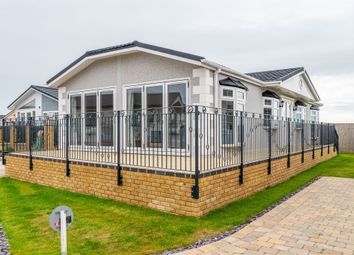 New Lane, Milford On Sea, Lymington SO41. 2 bed detached bungalow