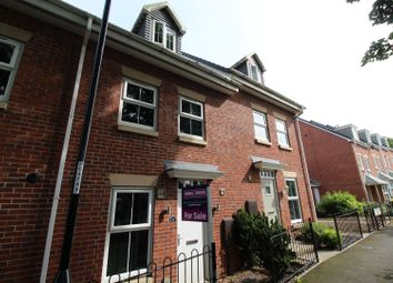 Thumbnail 3 bed town house for sale in Shaftsbury Park, Houghton Le Spring