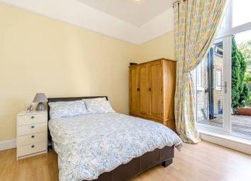 Thumbnail 2 bed flat for sale in Shortlands Grove, Shortlands