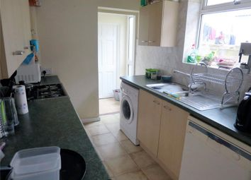 Thumbnail 2 bed flat to rent in Henderson Road, Forest Gate