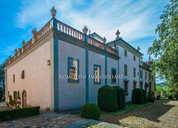 Thumbnail 25 bed villa for sale in Florence, Tuscany, Italy