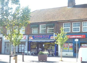 2 bed flat to rent in Bushey Mill Lane, Watford WD24