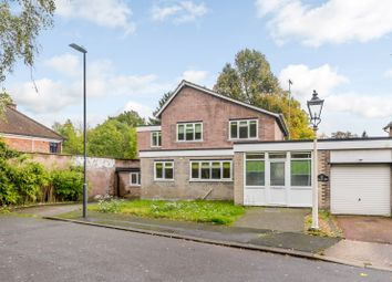 Thumbnail 5 bedroom link-detached house to rent in Willow Dene, Pinner