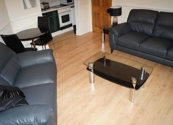 2 bed flat to rent in Rosemount Viaduct, Aberdeen AB25