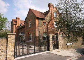 Thumbnail 2 bed flat to rent in Amherst Road, Ealing, London