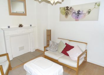 Thumbnail 2 bed flat to rent in Addiscombe Rd, Croydon