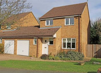 Thumbnail 3 bed link-detached house for sale in Byfleet, Surrey