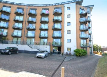 2 bed flat to rent in Barrier Road, Chatham ME4