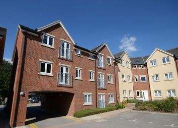 Thumbnail 2 bedroom flat to rent in Cromwell Road, Camberley