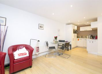 Thumbnail 1 bed flat to rent in Hatton Place, Clerkenwell