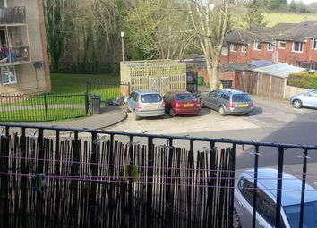 Thumbnail 2 bed flat to rent in Hunters Hill, Burghfield Commons