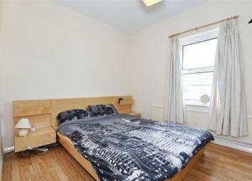 Thumbnail 1 bed flat for sale in Bridge Road, Wallington