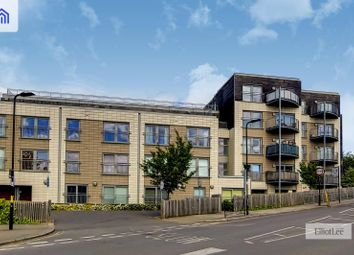 Sudbury Heights Avenue, Greenford, Middlesex UB6. 1 bed flat for sale