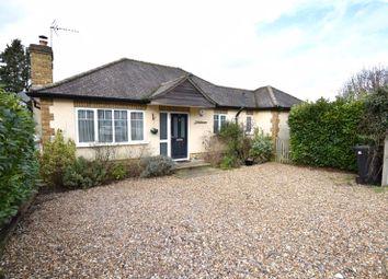 Oakdene Close, Bookham, Leatherhead KT23. 2 bed bungalow