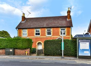 2 bed maisonette to rent in Frimley Road, Camberley, Surrey GU15
