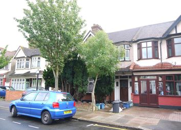Thumbnail 1 bed flat to rent in Kentview Gardens, Seven Kings