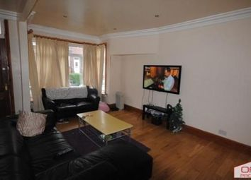 6 bed terraced house to rent in 60 Manor Drive, Hyde Park LS6