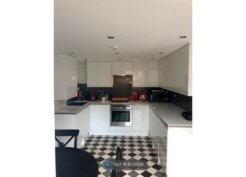2 bed semi-detached house to rent in Trafalgar Close, London SE16
