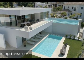Thumbnail 5 bed villa for sale in La Quinta, Benahavis, Costa Del Sol