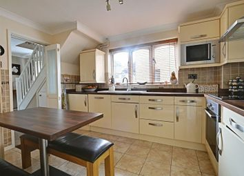 Thumbnail 3 Bedroom Semi Detached House For Sale In Spencer Close Cottingham
