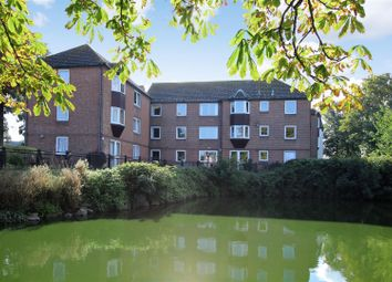 Thumbnail 2 bedroom flat for sale in Swiss Gardens, Shoreham-By-Sea