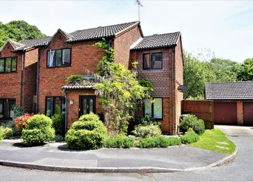 Thumbnail 3 bed detached house for sale in Rockfel Road, Hungerford