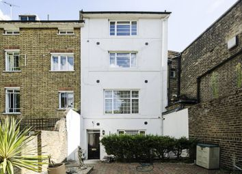 Thumbnail 2 bed flat to rent in Finchley Road, St John's Wood, London NW86Es