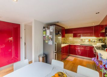 4 bed property for sale in Hatcliffe Close, Blackheath, London SE3