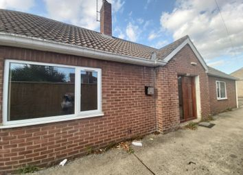 Thumbnail 4 bed detached bungalow to rent in Carrington Road, Spalding