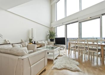 Thumbnail 3 bed flat for sale in Sunderland Point, Hull Place, London