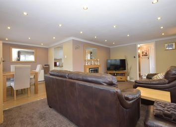 Thumbnail 2 bedroom mobile/park home for sale in Fleet End Road, Warsash, Southampton, Hampshire