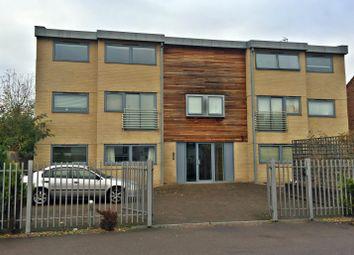 Thumbnail 2 bed flat to rent in Coleridge Road, Cambridge