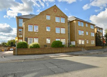 2 bed flat for sale in Wrotham Road, Gravesend DA11