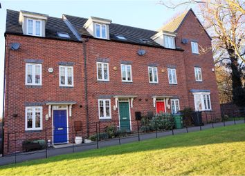 Thumbnail 3 bed town house for sale in Kyngston Road, West Bromwich