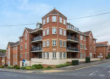 2 bed flat to rent in Hamilton Road, High Wycombe HP13