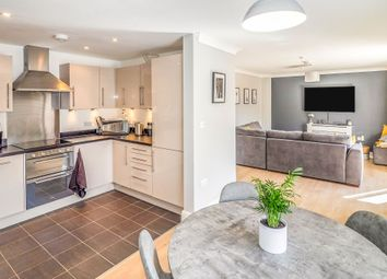 2 bed flat for sale in Andrews Close, Warwick CV34