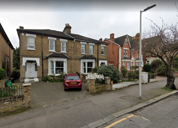 Thumbnail 4 bed flat to rent in Grove Hill, South Woodford, London