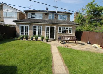 Thumbnail 5 bed detached house to rent in Wendover Way, Bushey