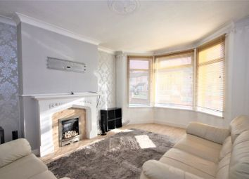 Thumbnail 3 bed property for sale in Meadowbank Road, Hull