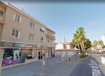 Thumbnail 2 bed apartment for sale in Provence-Alpes-Côte D'azur, Var, Sanary Sur Mer