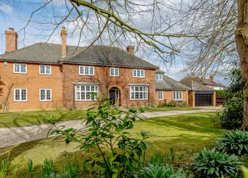Thumbnail 5 bed property for sale in Ampthill Road, Silsoe, Bedford