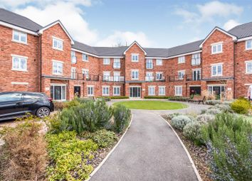 Thumbnail Flat for sale in Wildflower Drive, Calcot, Reading