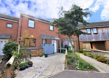 Beeching Way, Wallingford OX10. 3 bed terraced house