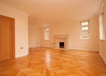 Thumbnail 6 bed detached house to rent in Sandalwood Close, Barnet
