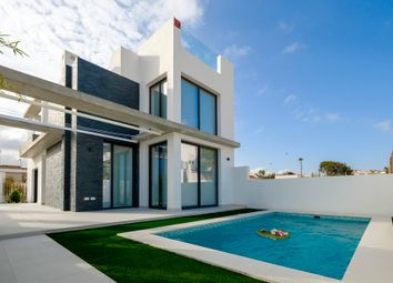 Thumbnail 3 bed villa for sale in Torrevieja, Torrevieja, Alicante, Valencia, Spain