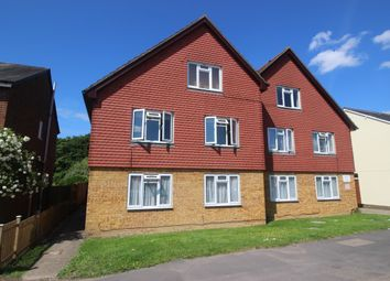 Thumbnail 1 bedroom flat to rent in Horley Road, Redhill