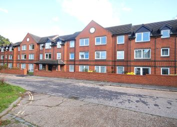 Thumbnail 2 bed property for sale in Oak Road, Crawley